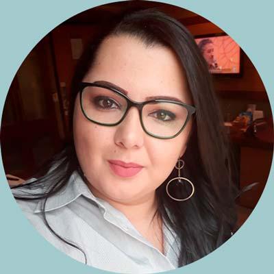 Monique Santos